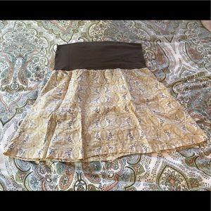 Columbia lightweight fold over waist skirt